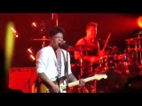 Bruno Mars - New Year's CountdownWe are the champions - Las Vegas 311213
