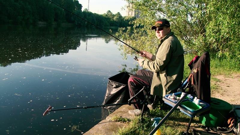 Знаменитая Строгинская плотва на фидер! Рыбалка по-быстрому!