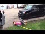 NEW MAY 2014 BAD FIGHT BERTWEEN TWO TEENAGE GIRLS SHAME YOU GIRLS
