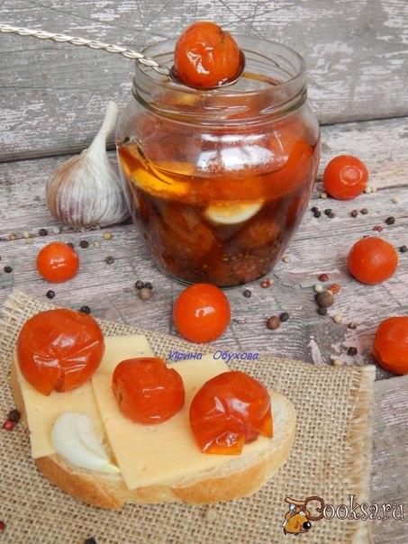 Предлагаю вам интересный рецепт маринада помидоров черри. Маринованные помидоры черри по этому рецепту можно подавать как закуску с хлебом или добавлять к гарнирам. Вкусных вам экспериментов!