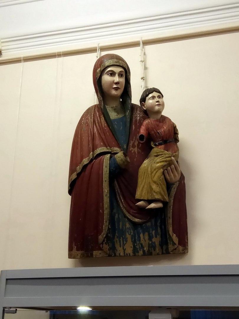 Чудотворные бог с богоматерью теперь на пенсии в музее