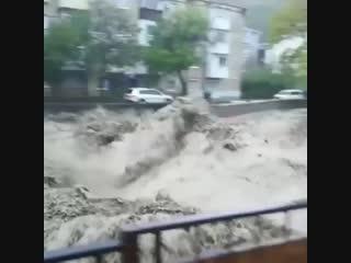 Появилось видео наводнения в Туапсе