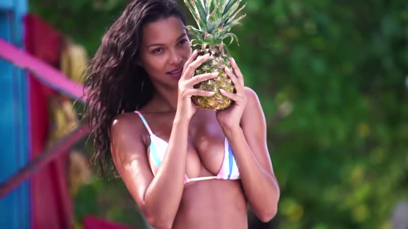 Lais Ribeiro Makes Even a Pineapple Look Sexy CANDIDS Sports