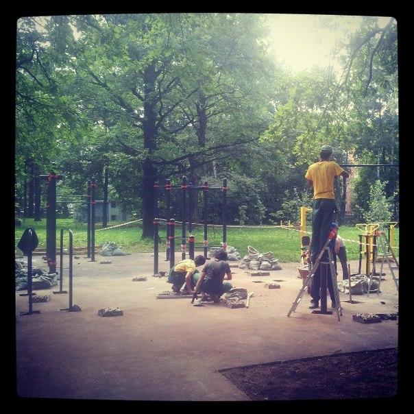 Площадка в Химках строится полным ходом. Скоро открытие!
