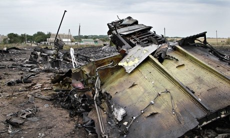 Fighting near site of downed Malaysia Airlines flight MH17 leaves 14 dead