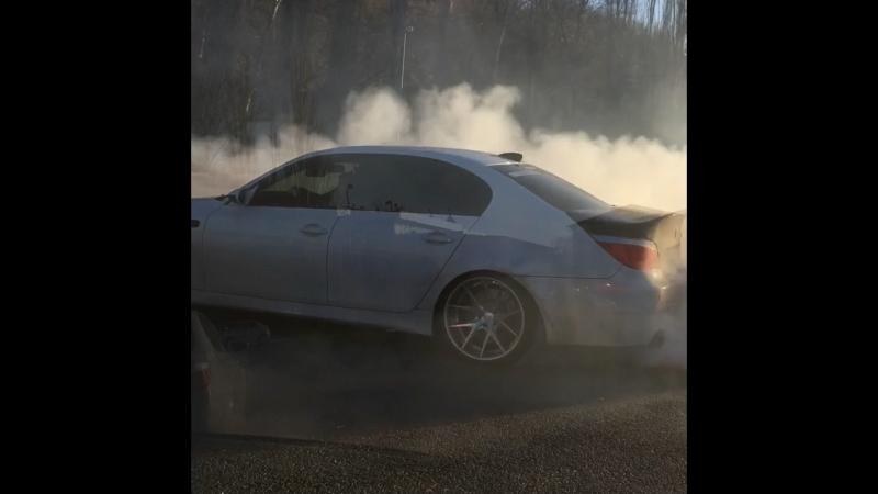 BMW M5 Burnout/Drift/Exhaust Nizhny Novgorod