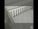 Кровать с манежными бортиками