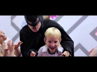 Супергеройский День Рождения с Бэтманом и Шоу мыльных пузырей