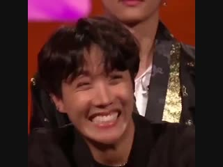 Imagine thinking i will ever get over hoseoks shy and pretty smile here