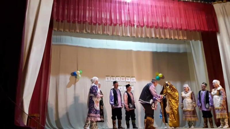Арча районы Ташкичу мәдәният йорты каршында эшләп килуче... Өммегөлсем фольклор коллективы - Кыз урлау... куренеш
