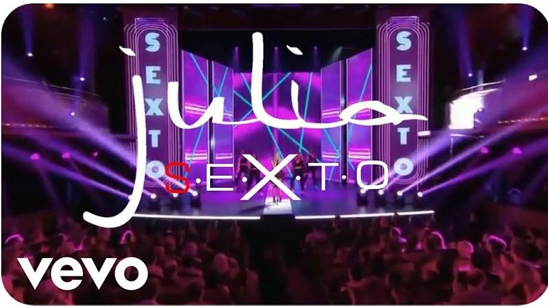 Julia - S.E.X.T.O (Live at Jean-Paul Gaultier Fait Son Show)