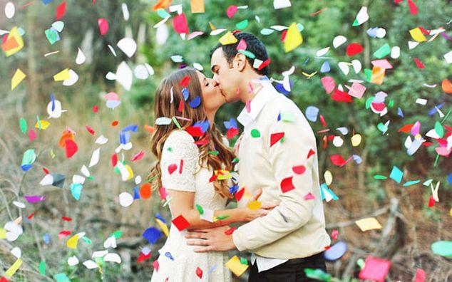 конфетти для обсыпания молодых на свадьбе