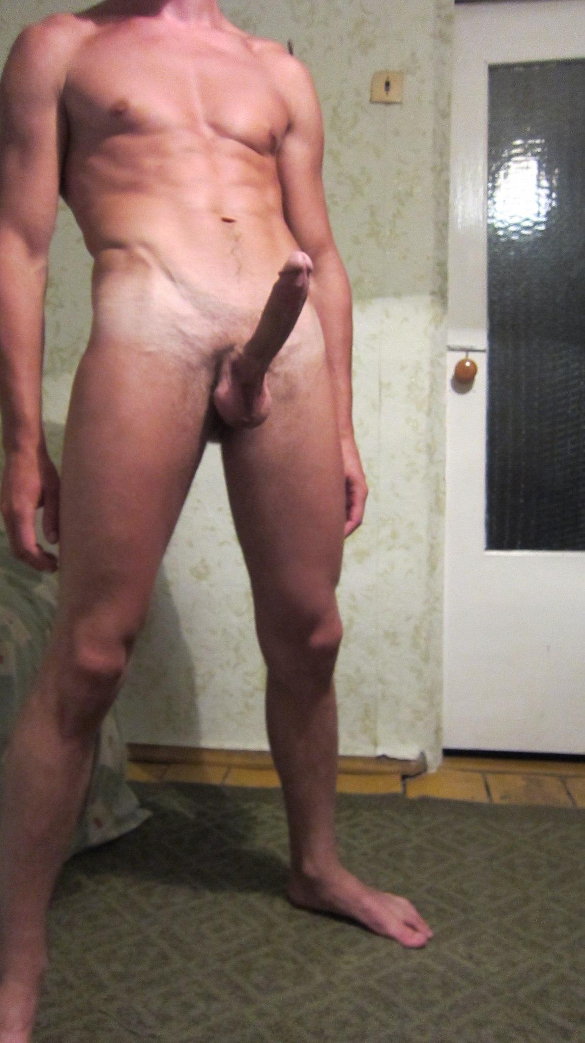 Фото голых мужиков с большими хуями 2 фотография