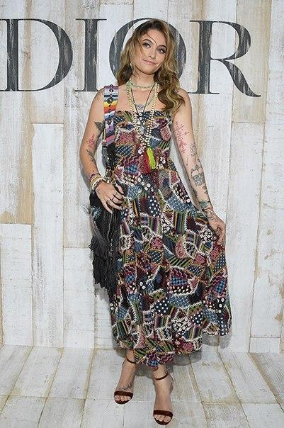 """Пэрис Джексон ушла с показа Dior из-за """"жестокого обращения с животными"""""""