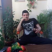 Влад Сантус