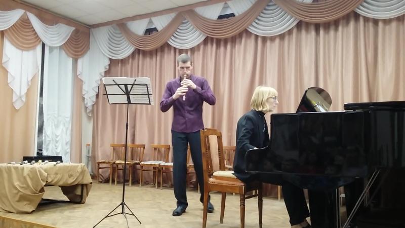 Концерт А. Гагаринова. Звучит дудук. Концертмейстер И. Анкудинова.