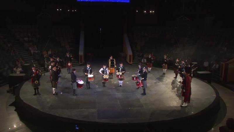 Оркестр кельтских волынок и барабанов