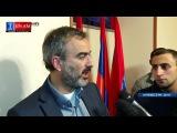 Դեկտեմբերի 1-ին դուրս ենք գալիս փողոց և չենք