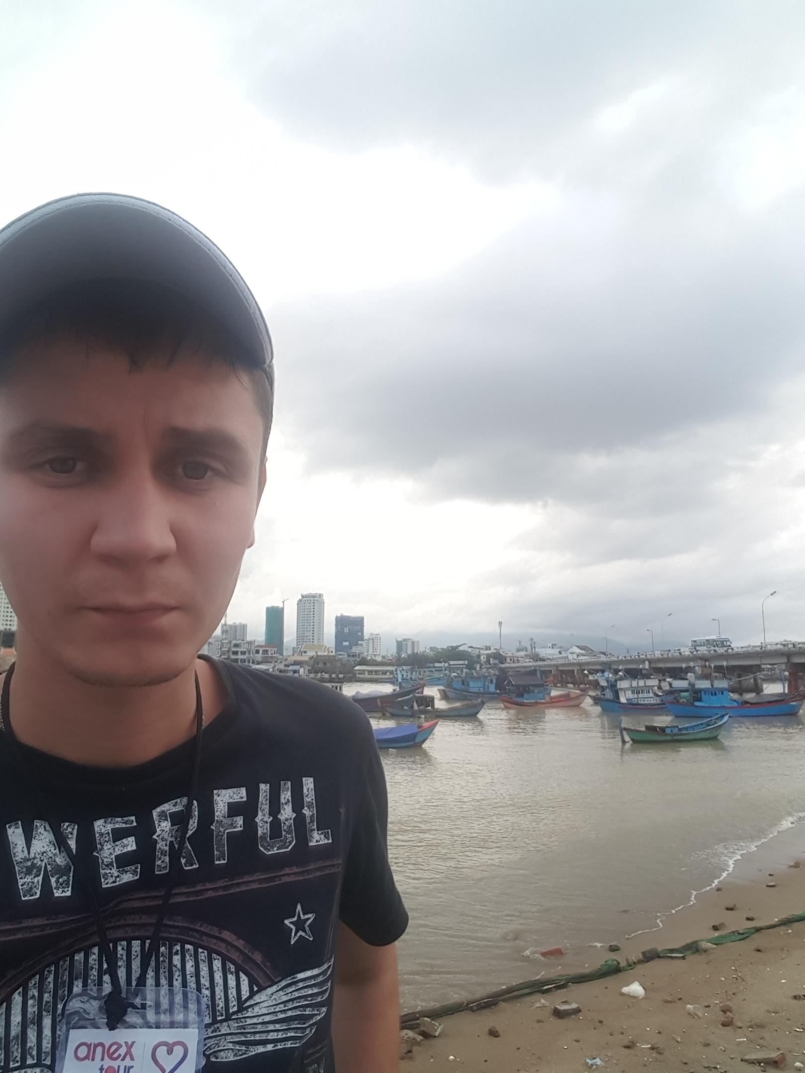 Dimon, 24, Uva