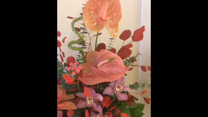 Еженедельное оформление, цветочная композиция на ресепшн для стоматологии. Mag_Flowers_Композиция 🌾