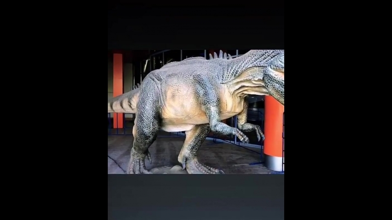 Аллозавр. Выставка динозвавров в ТРЦ ГлобалСити