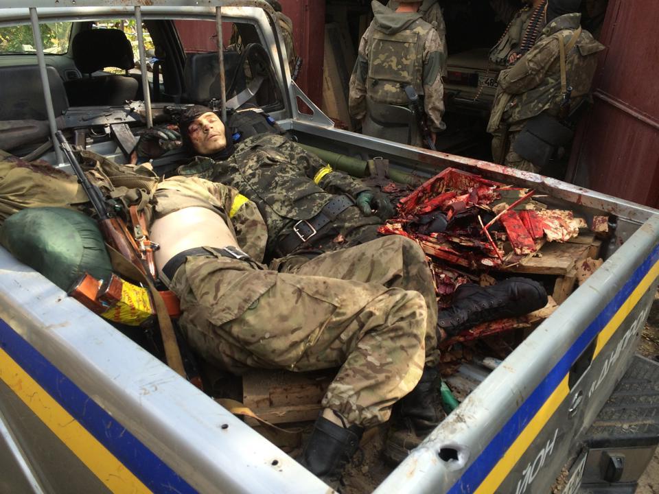 Советник Порошенко издевательски прокомментировал гибель ополченца в Донбассе