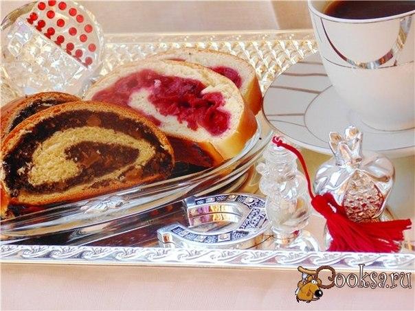 В Польше маковые пироги и рулеты - традиционная Рождественская выпечка, так как и знаменитый медовый пряник.