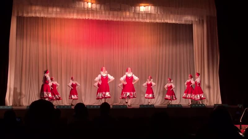 Русский танец - Девичий перепляс (Ансамбль танца Фантазия)