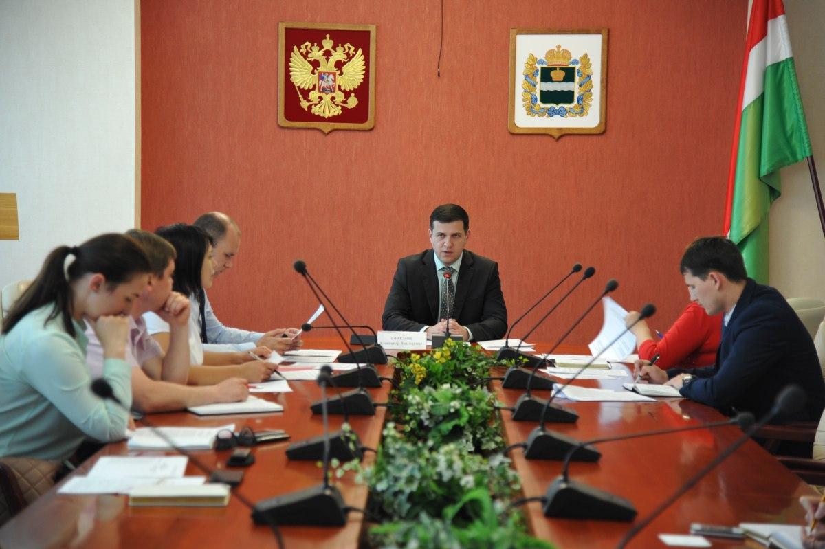 Член молодежного парламента Денис Набиулин принял участие в обсуждении проекта федерального закона о молодежной политике
