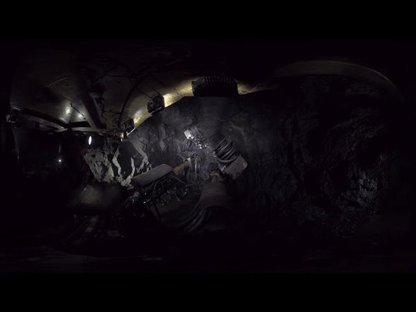Добыча руды в шахте (EVRAZ Mine VR)