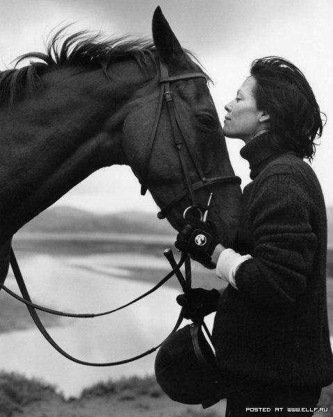 Кінь і дівчина