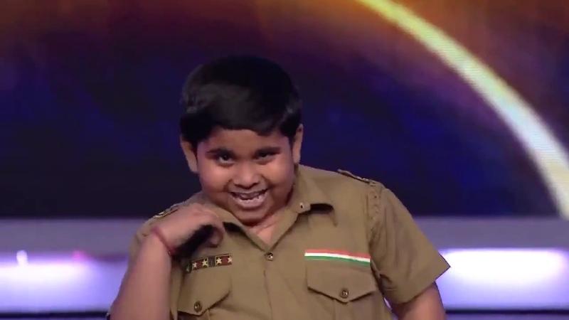 Маленький танцор на индийском шоу талантов 720 » Freewka.com - Смотреть онлайн в хорощем качестве