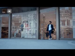 Бурак. (Кемаль), в рекламе для Emaar Square Mall.