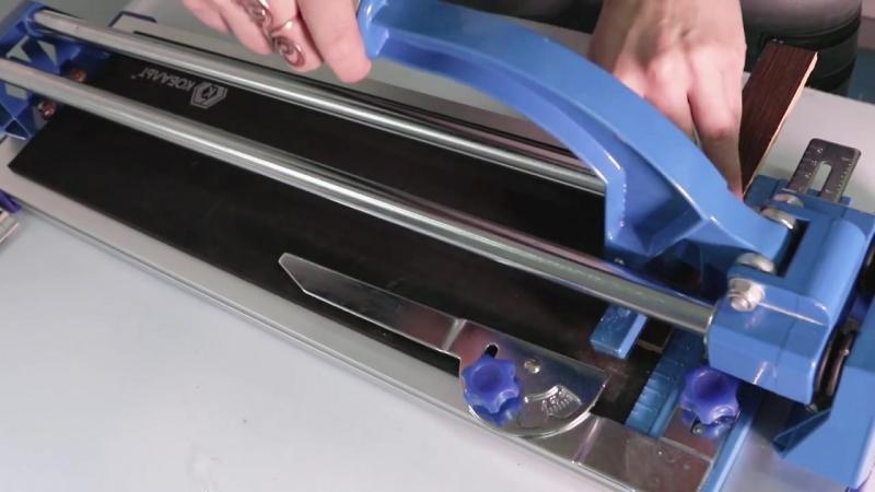 Плиткорез ручной КОБАЛЬТ каретка на подшипниках литая алюминиевая станина усиленная рукоятка