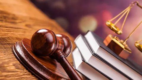 Прокуратура направила обвинения двух