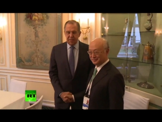 Лавров перед встречей с генсеком МАГАТЭ проверил кабинет на предмет «прослушки»