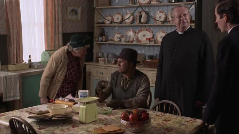 Father Brown (2013). S05E01. The Star of Jacob.