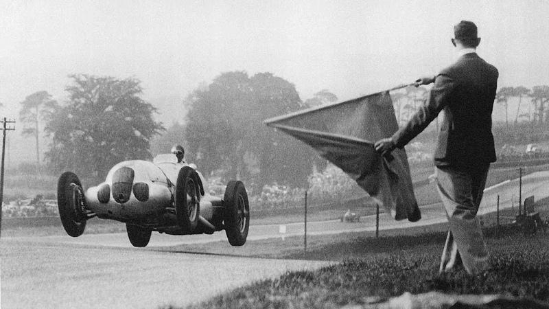 Быстрее и опаснее «Формулы-1»: история Гран-При 1930-х