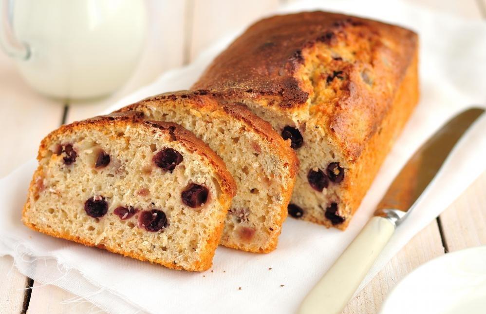 Кофейни обычно продают закусочные, такие как хлеб и кексы.