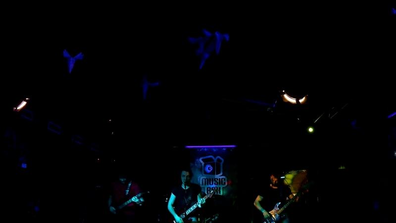 01. Enter Sandman MetallicA