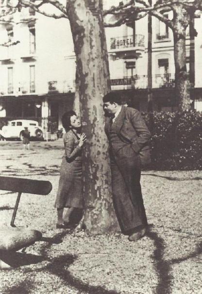 Антуан де СентЭкзюпери апрельмай 1935 года провел в Москве, в качестве корреспондента газеты ПариСуар К журналистике писатель обратился в связи с денежными затруднениями, поскольку гражданская