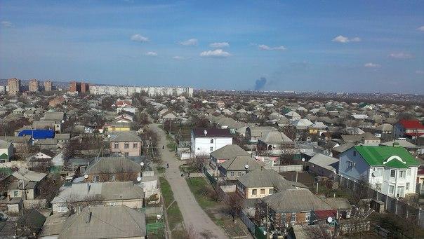 Луганчане паникуют из-за столба дыма в восточной части города, фото-1