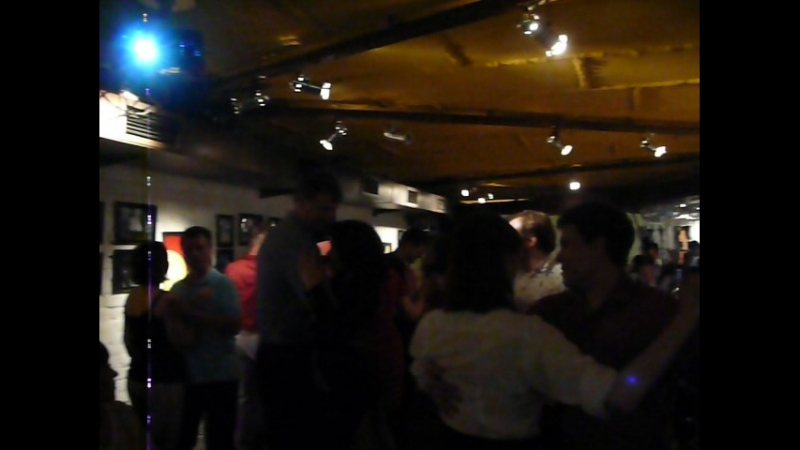 Кросс-степ вальс-импровизация в Undergrownd джаз-кафе 10 06 2018
