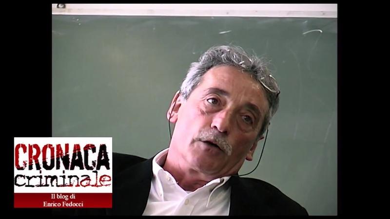 1/8 Mario Moretti e i ragazzi di via Pace (2004)