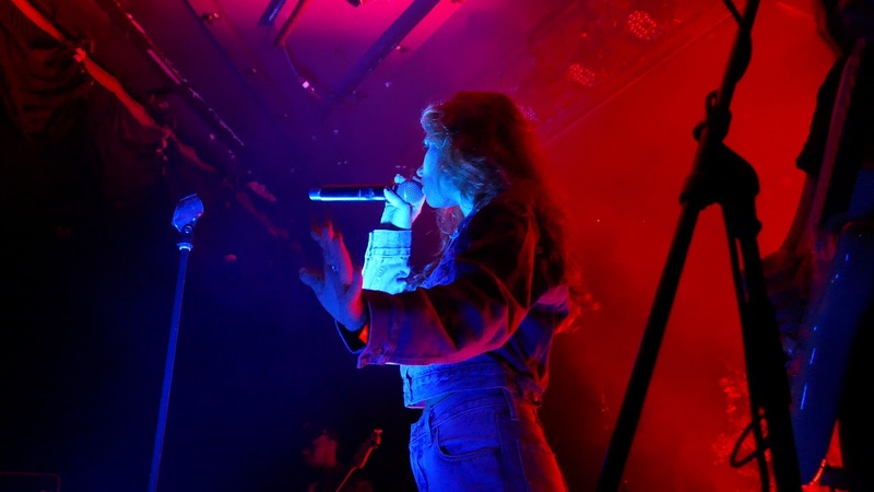 Clairo - Flaming Hot Cheetos LIVE HD (2018) LA Debut! Los Angeles The Roxy Theatre