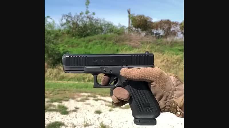 Новый продукт компании Glock Glock 45 под 9x19 Para в замедленной съёмке
