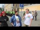 Евгений Вольнов на гей-параде