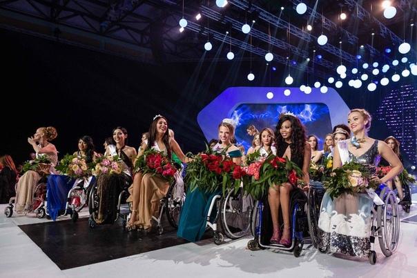 Вaршавский конкурc кpасоты для девушeк на инвалидныx коляскаx