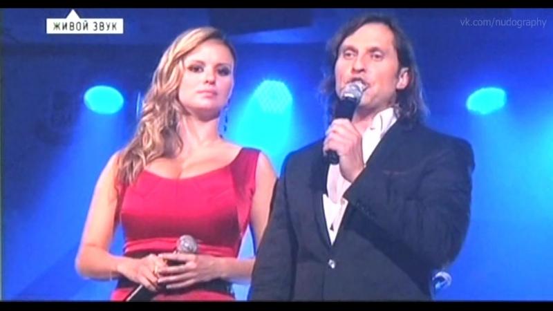 Анна Семенович - Pre-Party MTV EMA (2010) Голая? Нет: грудь, декольте