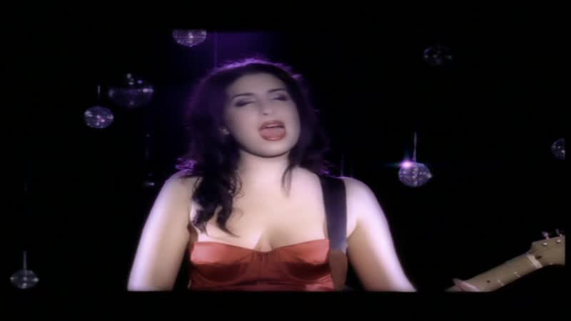 Amy Winehouse - Take The Box [1080р]